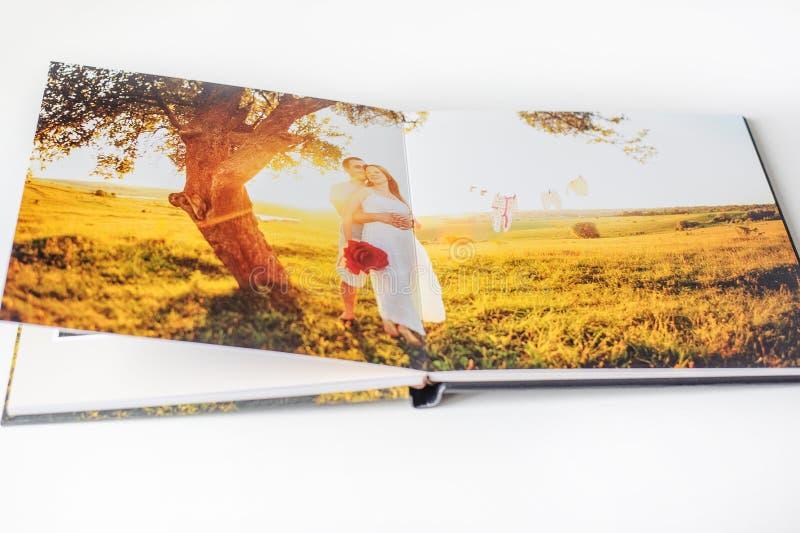 Libro della foto delle coppie fotografie stock
