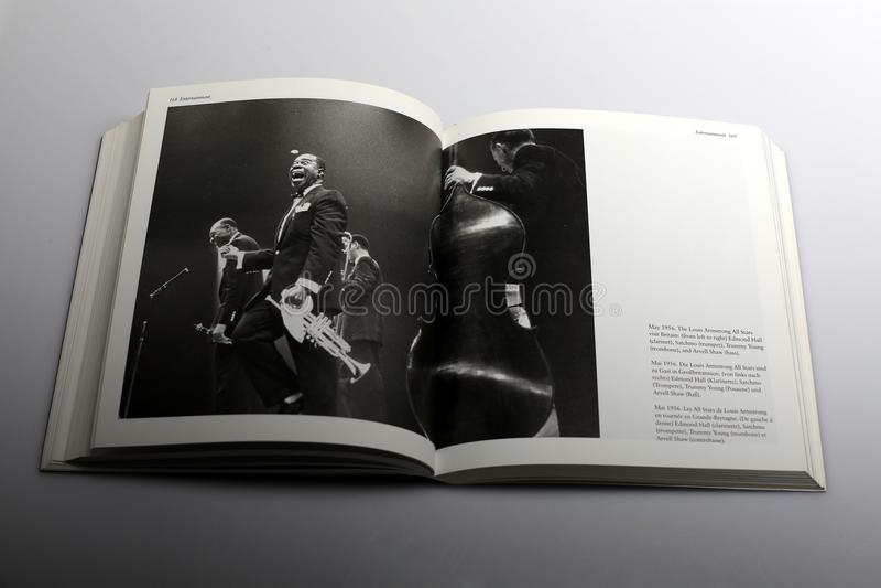 Libro di Nick Yapp, Louis Armstrong All Stars di fotografia in Gran-Bretagna fotografie stock