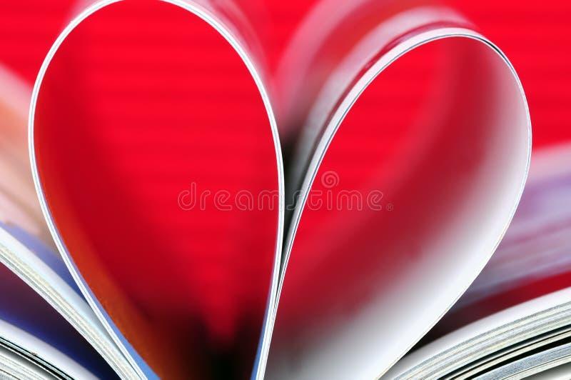 Libro en forma de corazón foto de archivo libre de regalías
