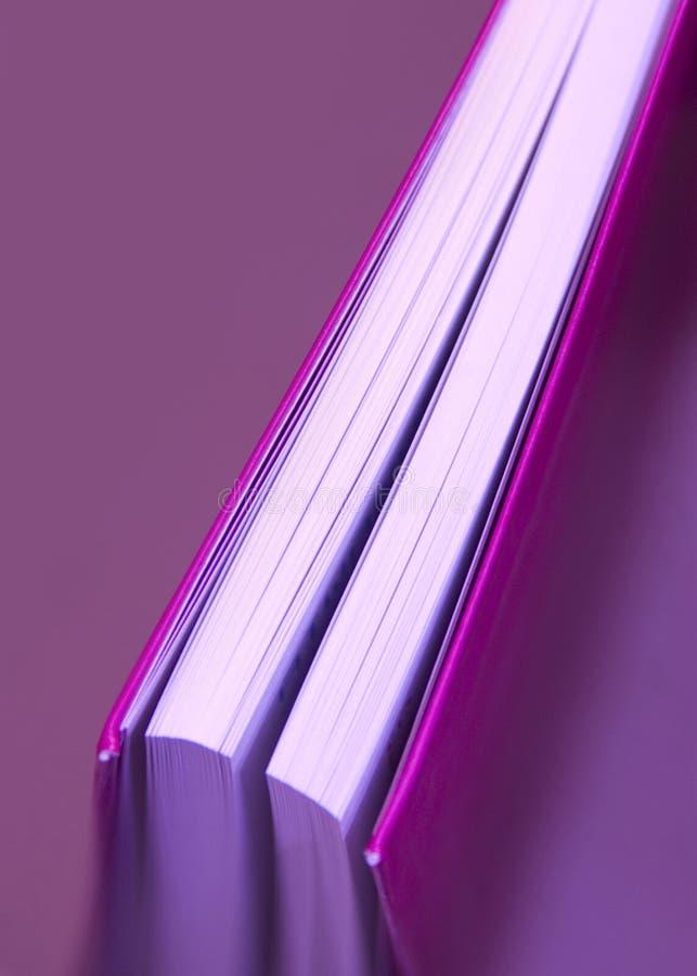 Libro rosado fotografía de archivo libre de regalías