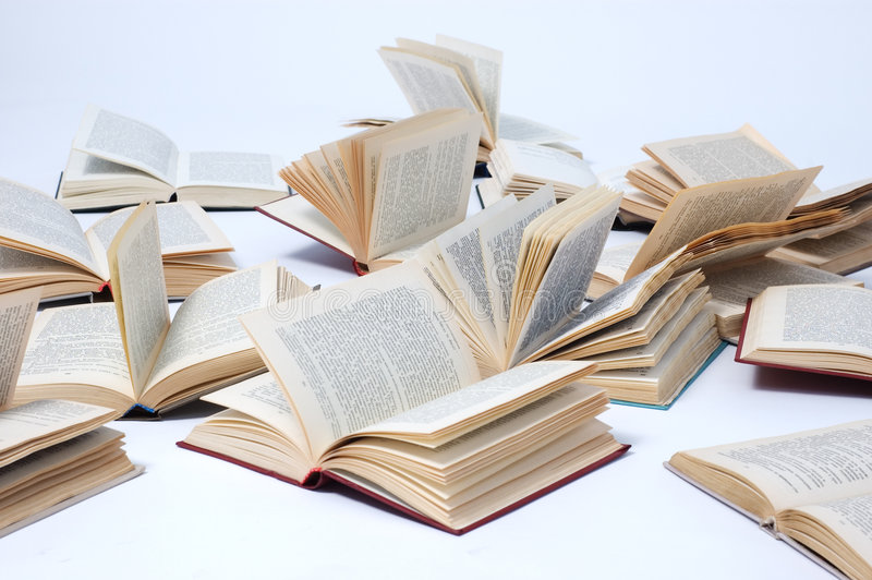 Libros abiertos foto de archivo libre de regalías