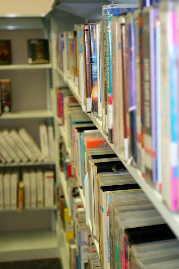 Libros de la biblioteca fotos de archivo libres de regalías