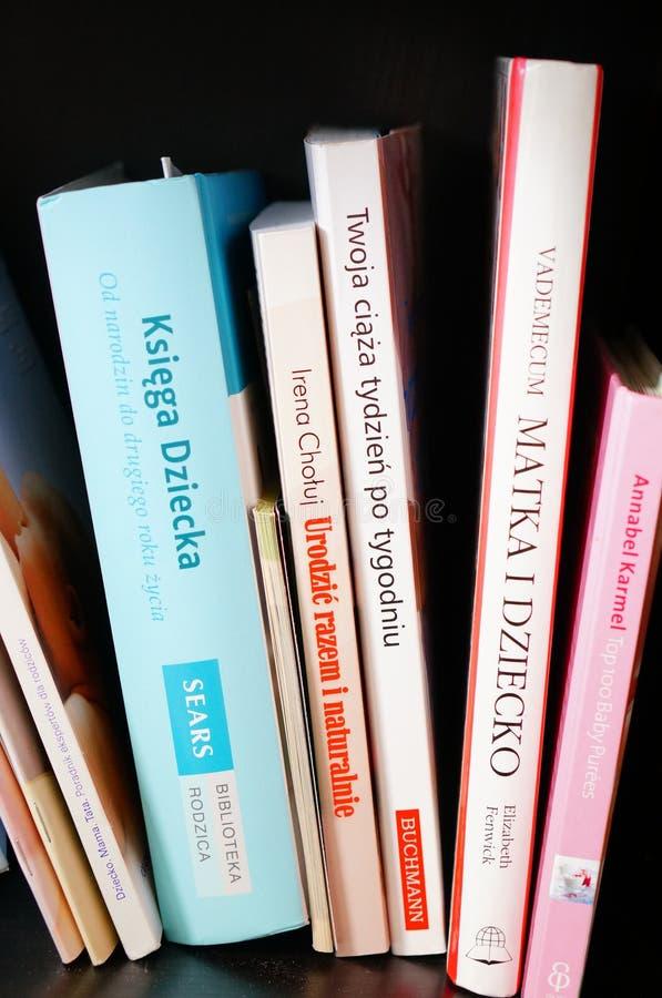 Libros de maternidad imagenes de archivo