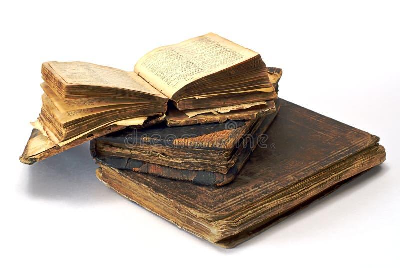 Libros religiosos abiertos viejos fotografía de archivo libre de regalías