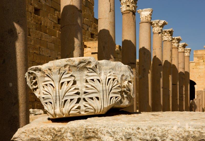 Libyen â Leptis Magna, Detail der Spalte lizenzfreie stockbilder