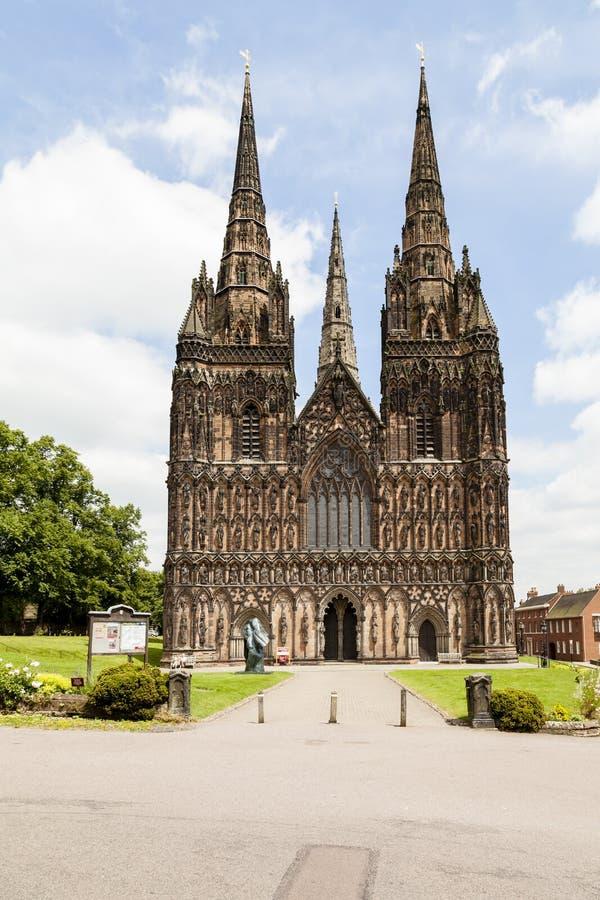 Lichfield-Kathedrale lizenzfreie stockbilder