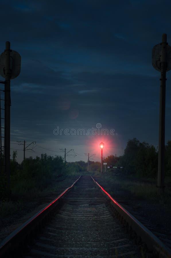 Licht aan het eind van de weg royalty-vrije stock fotografie