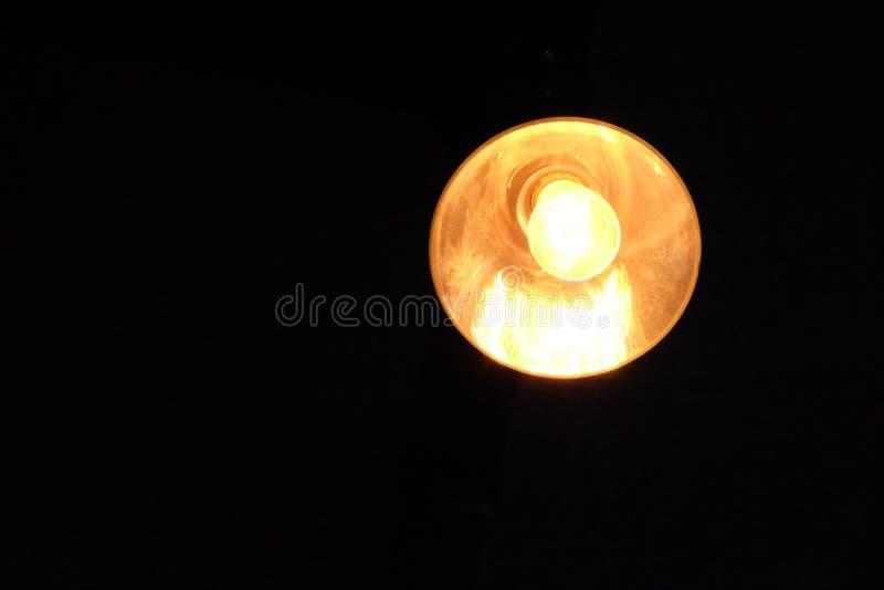 Licht in dark stock foto