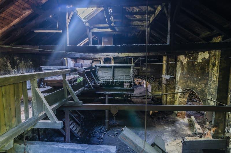 Licht in een fabriek royalty-vrije stock fotografie