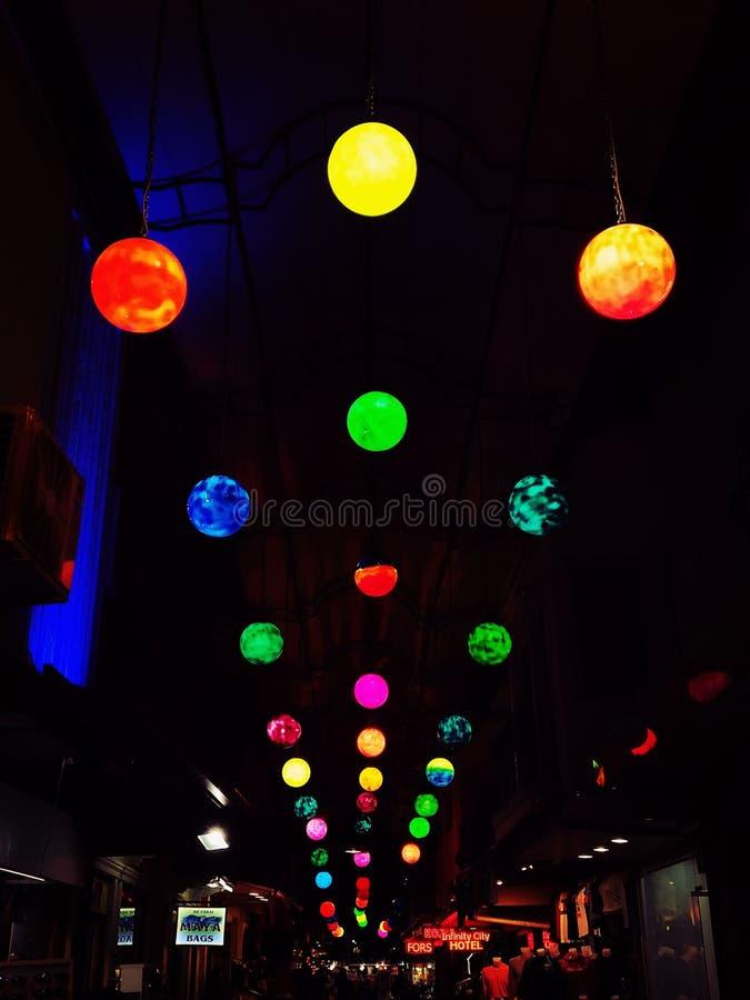 Licht en straat royalty-vrije stock afbeeldingen