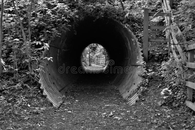 Licht am Ende Tin Tunnels lizenzfreies stockfoto