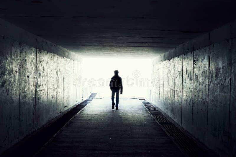 Licht op Eind van Tunnel stock foto's