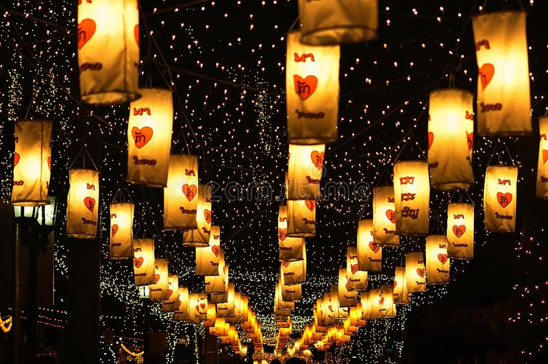 Licht und Farbe nachts lizenzfreie stockfotografie