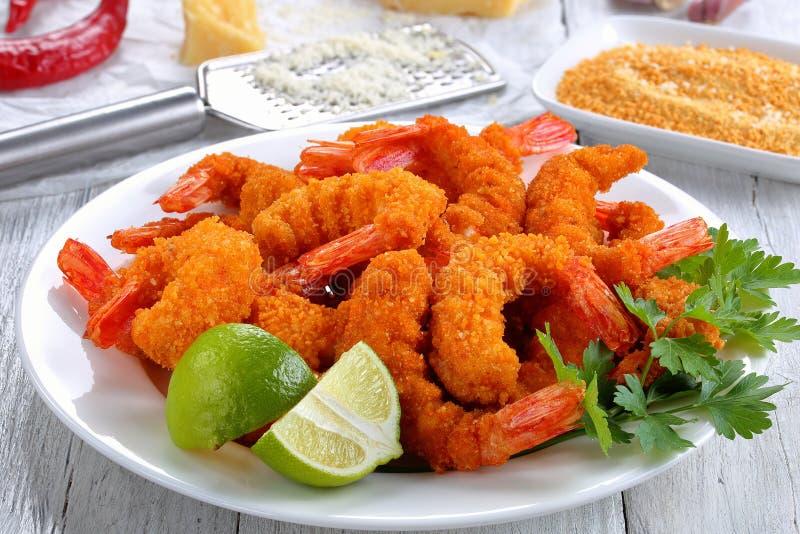 Licht und knusperiger knuspriger Fried Shrimps lizenzfreies stockbild
