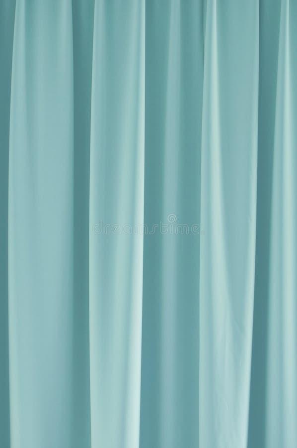 Lichtblauw gordijn stock afbeelding. Afbeelding bestaande uit ...