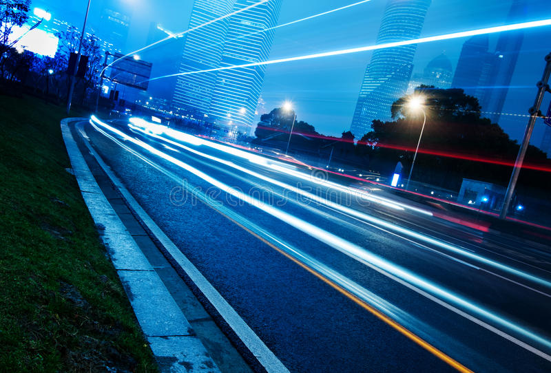 Download Lichte slepen stock foto. Afbeelding bestaande uit licht - 29501178