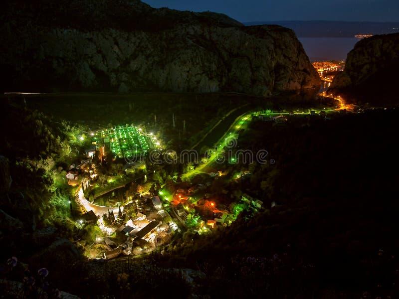 Lichten bij dorp
