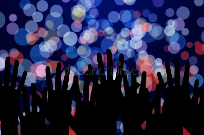 Lichten en mensenhanden op het overleg van de nachtmuziek royalty-vrije stock foto's