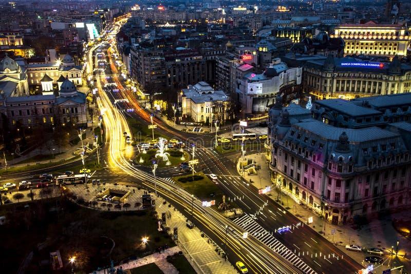 Lichten en schaduwen in Boekarest stock afbeelding