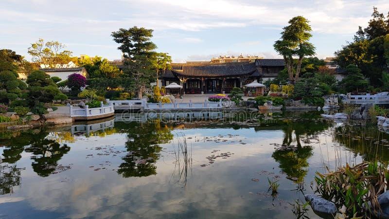 Lichten van zonsondergang in de de Familietuin van Zhu, Jianshui, Yunnan, China stock foto's