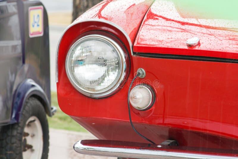 Lichten voor een uitstekende auto royalty-vrije stock afbeeldingen
