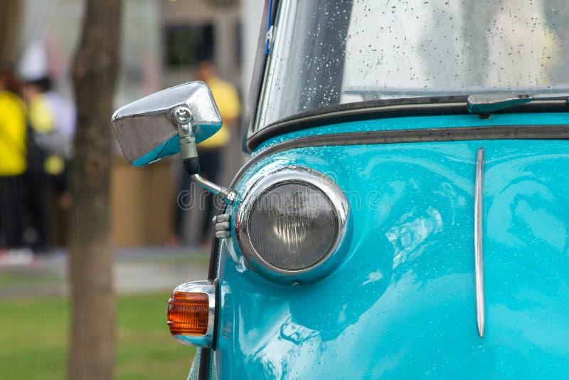 Lichten voor een uitstekende auto stock fotografie