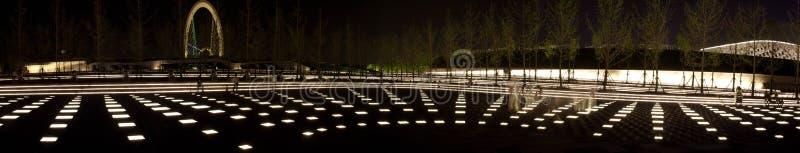 Lichter des Jugend-olympischen Dorfs Nacht lizenzfreies stockbild
