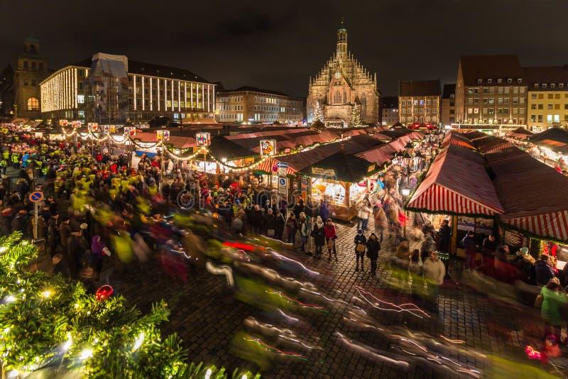 Lichterzug (灯笼队伍) Christmastime-纽伦堡德国 库存照片
