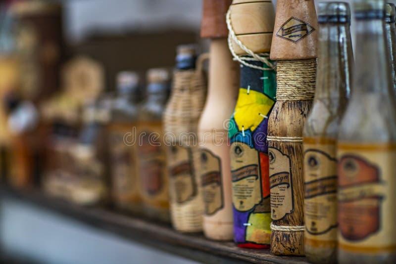 Licor da cana-de-açúcar Licor brasileiro da cana-de-açúcar Cidade de Fortaleza, estado Brasil de Ceara, 11/13/2018 fotografia de stock royalty free