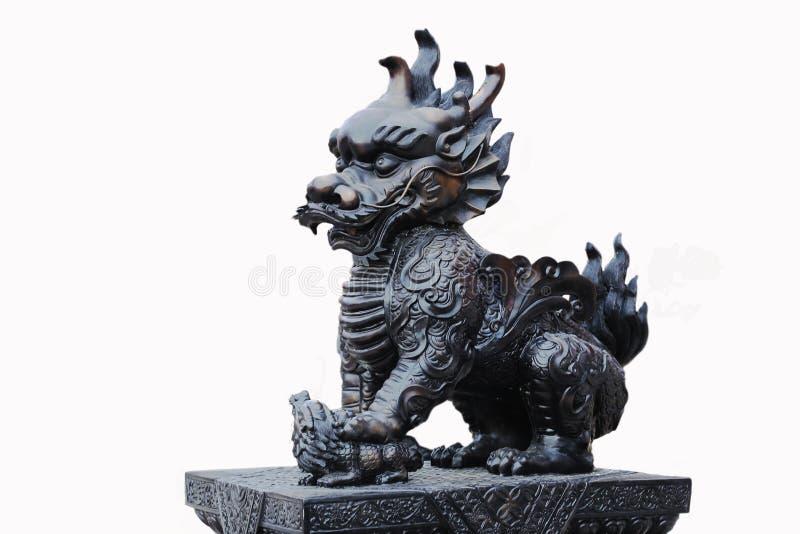 Licorne à tête de dragon chinoise, d'isolement sur le fond blanc photo stock