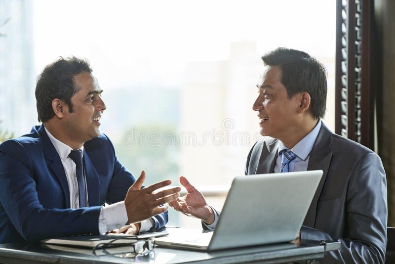 Lider biznesu planuje ich biznes obrazy royalty free