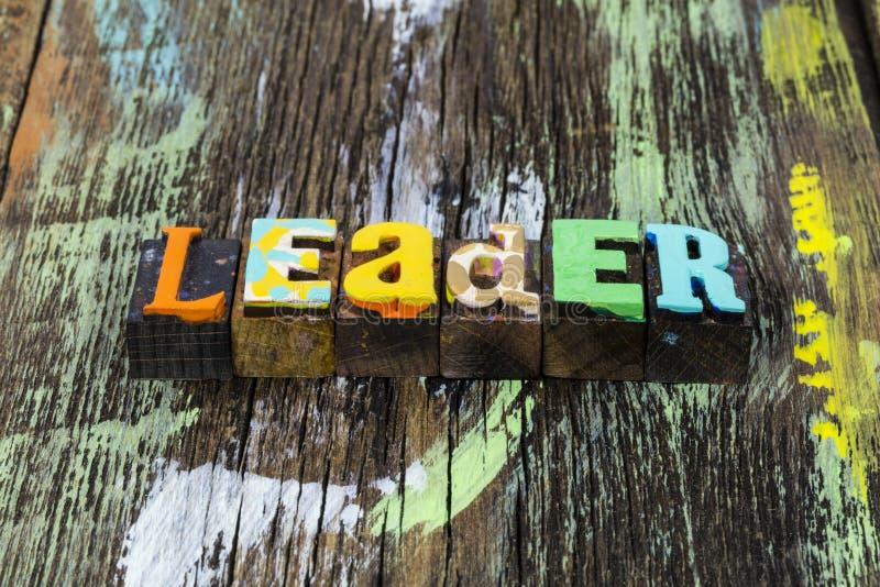 Liderazgo de la dirección de negocio letterpress equipo de trabajo exitoso estrategia de trabajo en equipo foto de archivo libre de regalías