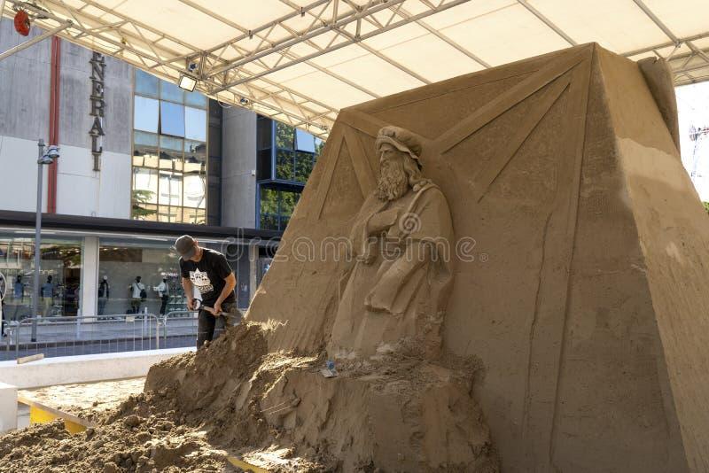 LIDO DI JESOLO, ITALIEN - 24. Mai 2019: Sand gestaltet Festival in Lido di Jesolo in Adria-Meer an einem schönen Sommertag, Itali lizenzfreie stockbilder