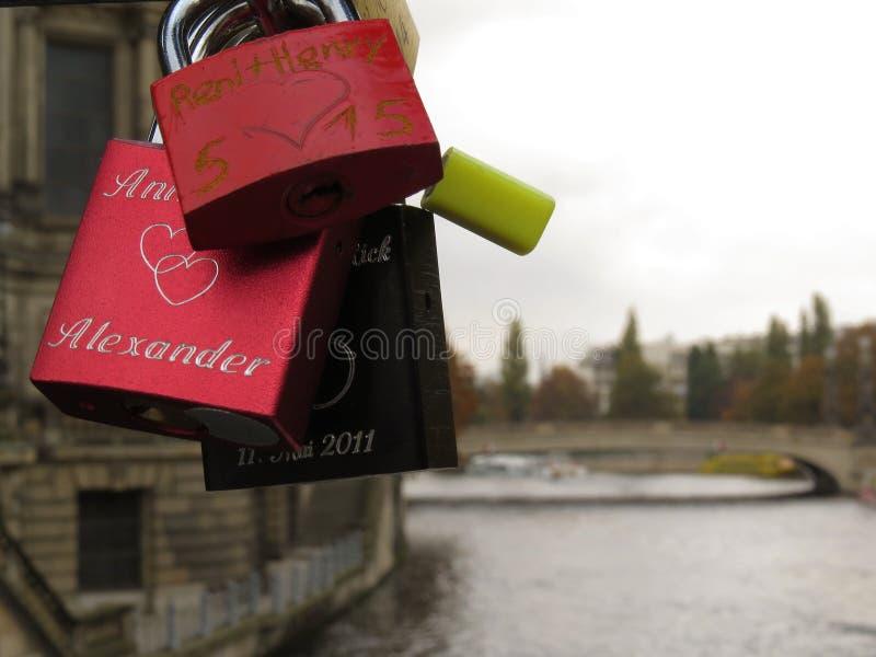 Liebe ist überall lizenzfreies stockfoto
