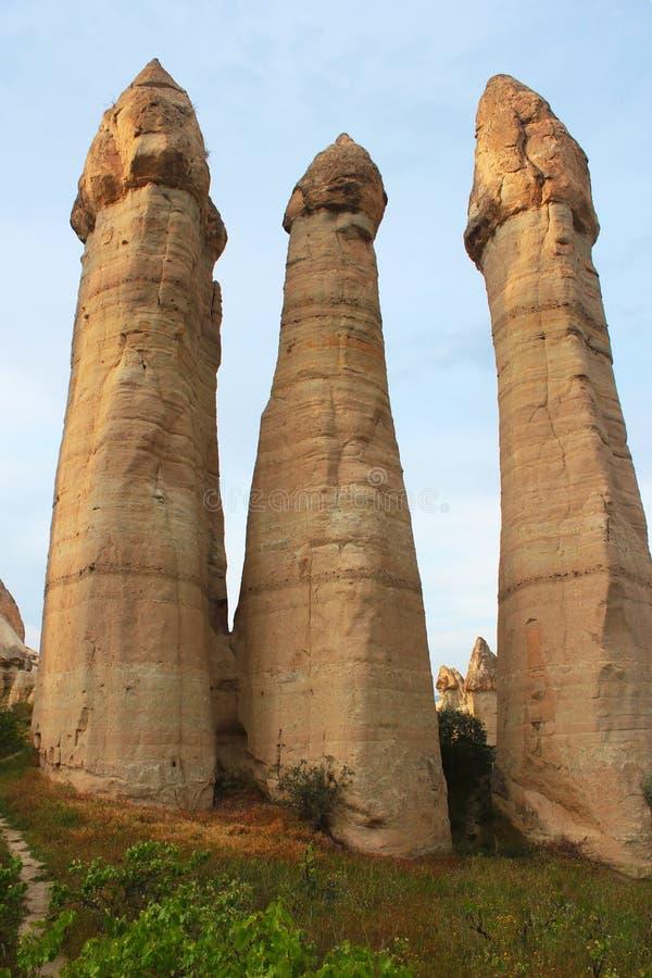 Lieben Sie Tal in der alten Höhlenregion von Cappadocia, die Türkei stockfotos