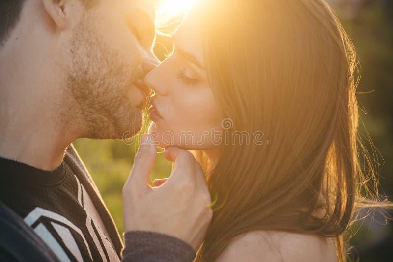Sexy Heiß Lesben Küssen