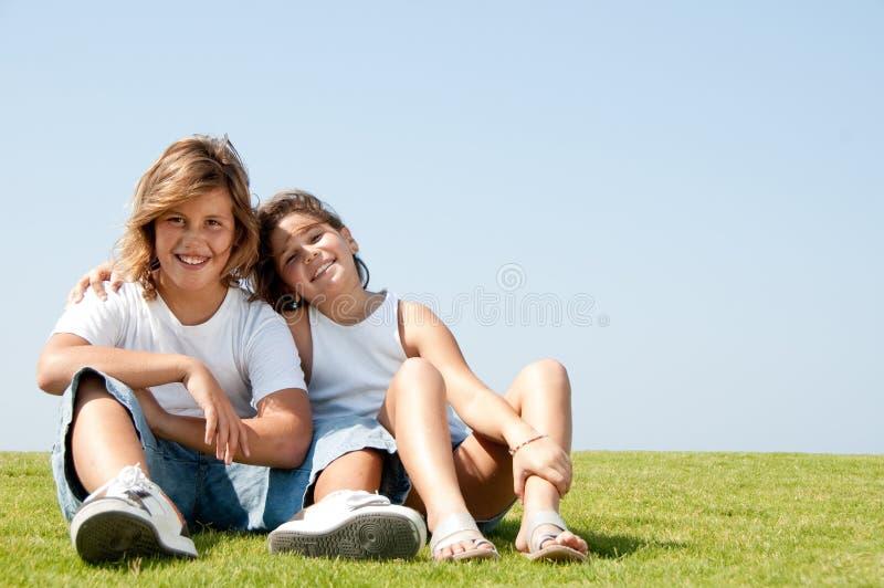 Liebevolle Kinder stockfoto