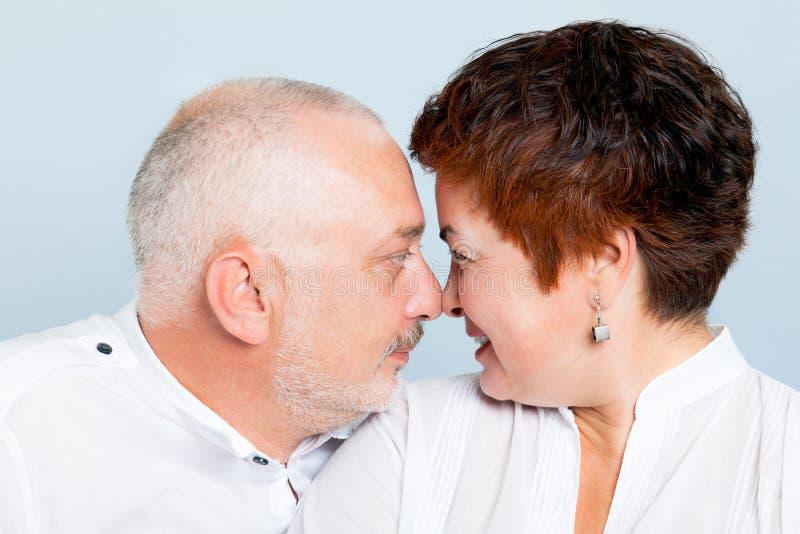 Liebevolle Paare stockfotos