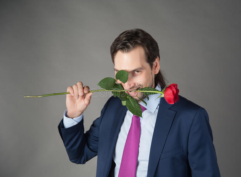 Liebhaber mit Blume stockbild