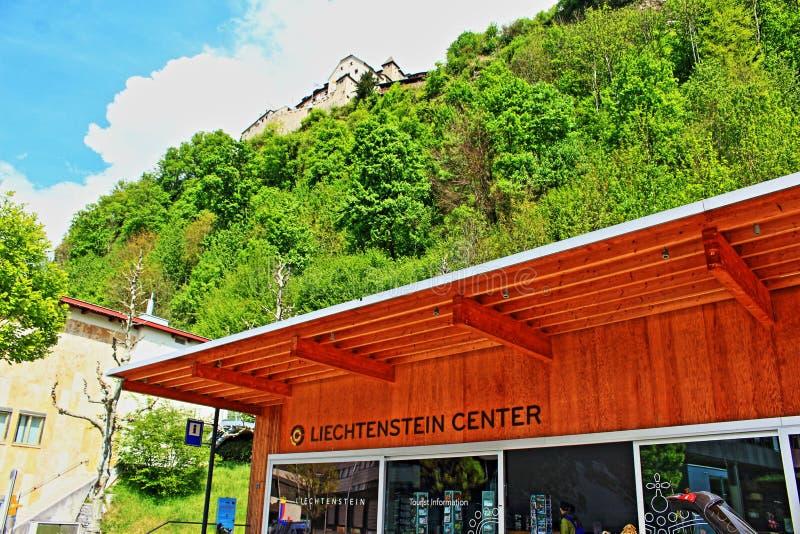Liechtensteinsk mitt Vaduz fotografering för bildbyråer