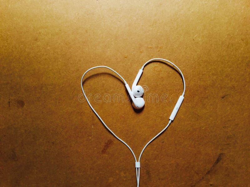 Liefde in muziek stock fotografie