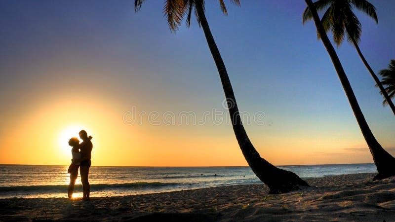 Liefde op het strand royalty-vrije stock fotografie