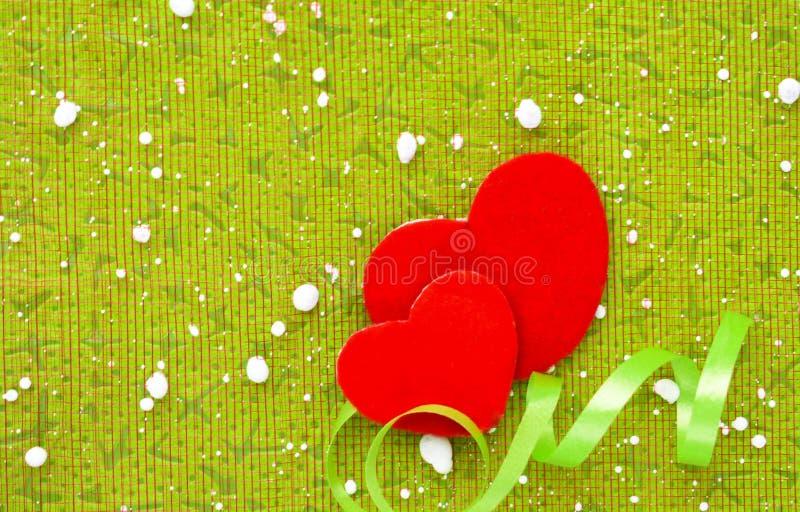 Liefde twee de dag van de hartenvalentijnskaart op witte achtergrond royalty-vrije stock fotografie