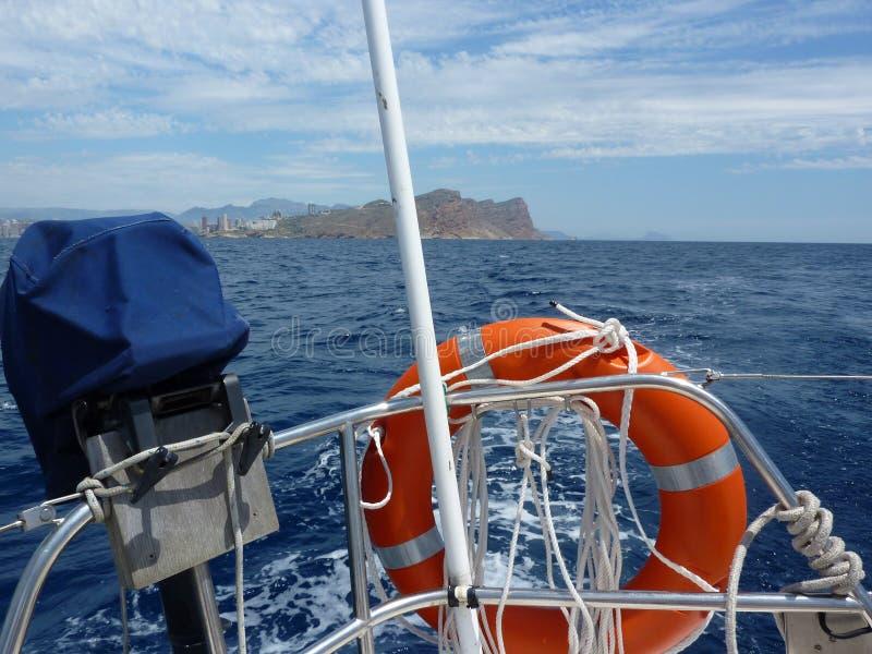 Lieferung im Meer lizenzfreie stockfotos