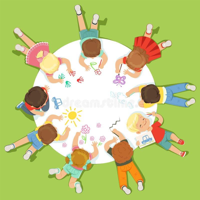 Liegende kleine Kinder, die auf einem großen runden Papier malen Karikatur-ausführliche bunte Illustration lizenzfreie abbildung