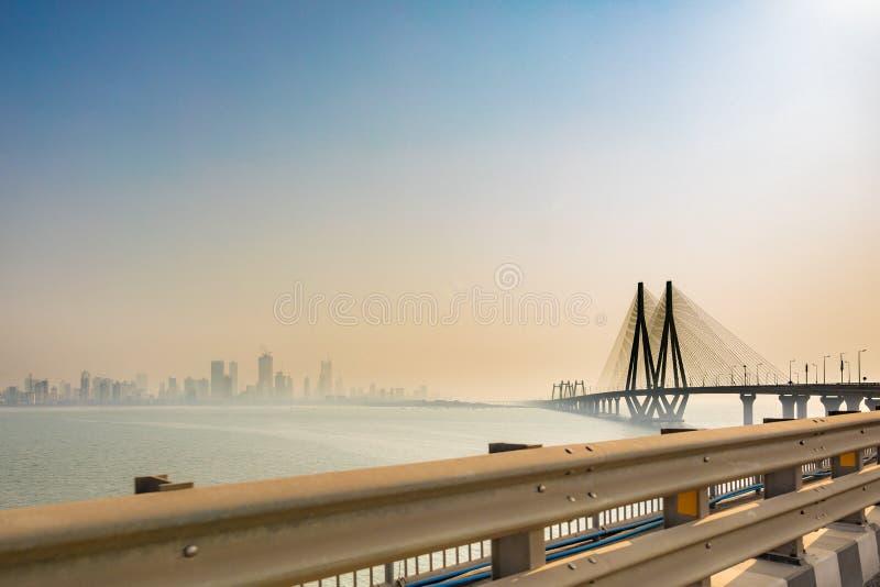 Lien Mumbai de mer de Bandra†«Worli photos libres de droits