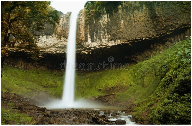 Lien Nung Waterfall in Dak Nong van Vietnam stock fotografie