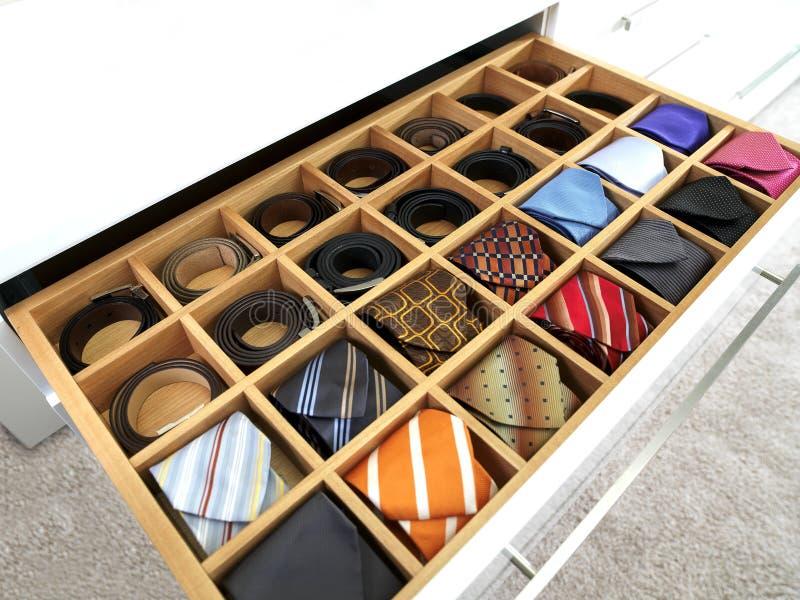 Liens et ceintures photos stock