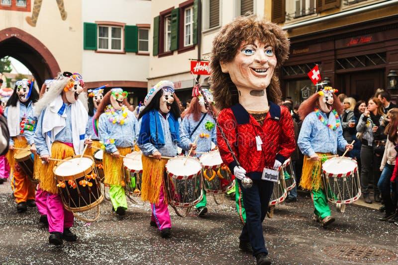 Liestal kanton av Baseln, Schweiz - Februari 26, 2012: traditionell schweizisk tysk karneval arkivfoto