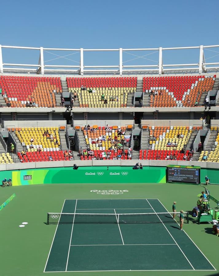 Lieu de rendez-vous principal Maria Esther Bueno Court de tennis de Rio 2016 Jeux Olympiques pendant le fina des doubles des femm photos stock